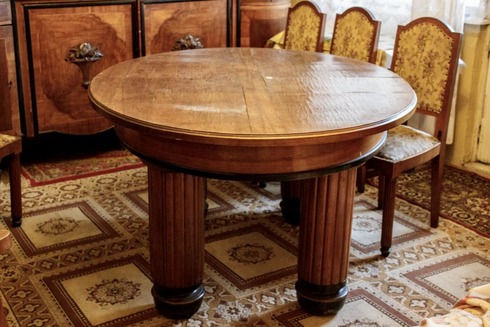 Antique table with chairs for sale - Antique Table With Chairs Archives - Bélas HeritageBélas Heritage